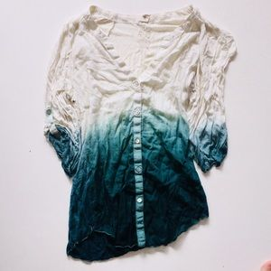Women's Anthropologie Button down shirt size small